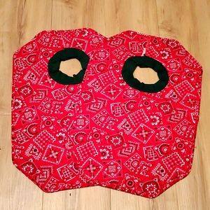 🏷3 for $10 Two hand made bibs with velcro